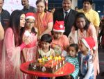 Aishwarya Rai Bachchan celebrates Christmas with Cancer patients in Carnival cinemas in Wadala on 25th Dec 2018 (10)_5c29ceb76ccf2.jpg