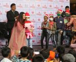 Aishwarya Rai Bachchan celebrates Christmas with Cancer patients in Carnival cinemas in Wadala on 25th Dec 2018 (13)_5c29cec087d05.jpg