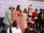 Aishwarya Rai Bachchan celebrates Christmas with Cancer patients in Carnival cinemas in Wadala on 25th Dec 2018 (18)_5c29cecb0aaf5.jpg
