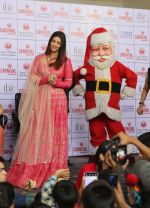 Aishwarya Rai Bachchan celebrates Christmas with Cancer patients in Carnival cinemas in Wadala on 25th Dec 2018 (21)_5c29ced35a83b.jpg