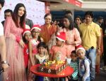 Aishwarya Rai Bachchan celebrates Christmas with Cancer patients in Carnival cinemas in Wadala on 25th Dec 2018 (8)_5c29ceb0423ad.jpg