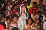 Jacqueline Fernandez celebrates Christmas with underprivileged children at bandra on 25th Dec 2018 (22)_5c29cee8259a0.JPG