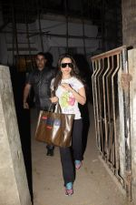 Ameesha Patel spotted at Kromkay salon in juhu on 26th Dec 2018 (4)_5c2c6d8548c34.JPG