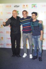 Anupam Kher, Akshaye Khanna, Vijay Gutte at the Trailer Launch Of Film The Accidental Prime Minister on 26th Dec 2018 (81)_5c2c6d57e13a9.JPG