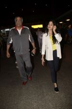Boney Kapoor,Janhvi Kapoor spotted at airport in andheri on 29th Dec 2018 (34)_5c2c6e893b628.JPG
