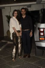Gayatri Joshi at Sonali Bendre_s Birthday Party in Juhu on 1st Jan 2019 (76)_5c2cc44e616a9.JPG