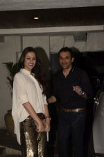 Gayatri Joshi at Sonali Bendre_s Birthday Party in Juhu on 1st Jan 2019 (77)_5c2cc44fb600d.JPG