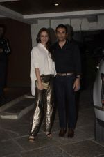Gayatri Joshi at Sonali Bendre_s Birthday Party in Juhu on 1st Jan 2019 (79)_5c2cc45280d26.JPG