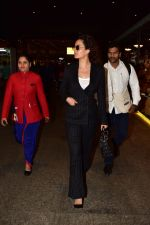 Kangana Ranaut spotted at airport on 2nd Jan 2019 (3)_5c2cc9e8a3a98.jpg