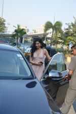 Khushi Kapoor with friends spotted at yautcha bkc on 2nd Jan 2019 (14)_5c2cca066b8a9.JPG