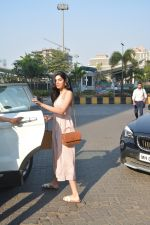 Khushi Kapoor with friends spotted at yautcha bkc on 2nd Jan 2019 (24)_5c2cca1beae5e.JPG