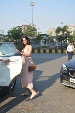 Khushi Kapoor with friends spotted at yautcha bkc on 2nd Jan 2019 (25)_5c2cca1f3a569.JPG