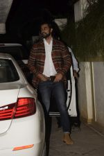 Kunal Kapoor at Sonali Bendre_s Birthday Party in Juhu on 1st Jan 2019 (33)_5c2cc47922220.JPG