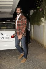 Kunal Kapoor at Sonali Bendre_s Birthday Party in Juhu on 1st Jan 2019 (38)_5c2cc4800a0b4.JPG