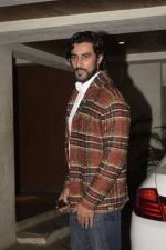 Kunal Kapoor at Sonali Bendre_s Birthday Party in Juhu on 1st Jan 2019 (41)_5c2cc4844a049.JPG
