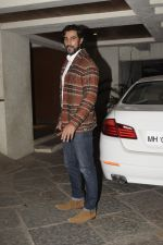 Kunal Kapoor at Sonali Bendre_s Birthday Party in Juhu on 1st Jan 2019 (43)_5c2cc4859ed22.JPG