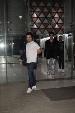 Punit Malhotra, Karan Johar at Sanjay Kapoor_s New Year Party At His Residence In Juhu on 1st Jan 2019 (15)_5c2cc3ce5af6f.JPG