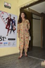 Rashmi Desai spotted at pvr juhu on 2nd Jan 2019 (6)_5c2db2690a061.JPG