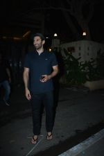 Aditya Roy Kapoor spotted at bandstand bandra on 3rd Jan 2019 (2)_5c2f014919220.JPG