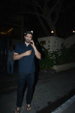 Aditya Roy Kapoor spotted at bandstand bandra on 3rd Jan 2019 (5)_5c2f01510fde3.JPG