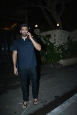 Aditya Roy Kapoor spotted at bandstand bandra on 3rd Jan 2019