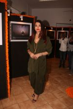 Aishwarya Rai Bachchan at the launch of Mumbai Moments Calendar in Press Club Mumbai on 8th Jan 2019 (37)_5c36e86645387.JPG