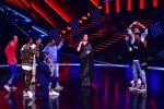 Madhuri Dixit Nene on the sets of DANCE Plus 4 on 7th Jan 2019 (7)_5c36e5223d859.JPG