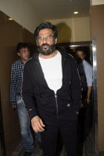 Sunil Shetty at the Screening Of Film Uri in Pvr Juhu on 9th Jan 2019 (26)_5c36fce64c0c2.JPG