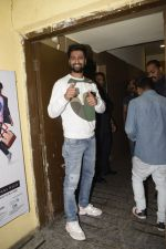 Vicky Kaushal at the Screening Of Film Uri in Pvr Juhu on 9th Jan 2019 (1)_5c36fd05a2f3e.JPG