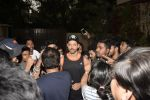Hrithik Roshan on his birthday at juhu on 10th Jan 2019 (18)_5c384bcee2666.JPG