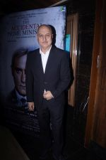 Anupam Kher at the Special Screening of film Accidental Prime Minister on 10th Jan 2019 (26)_5c384bd055bb8.JPG