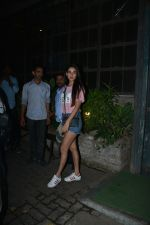 Sonal Chauhan Spotted At Palli Village Cafe Bandra  (11)_5c38312549288.JPG