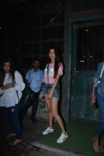 Sonal Chauhan Spotted At Palli Village Cafe Bandra  (5)_5c383117ad27f.JPG