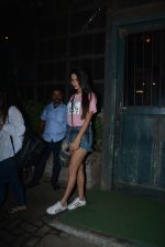 Sonal Chauhan Spotted At Palli Village Cafe Bandra  (7)_5c38311bc76ee.JPG