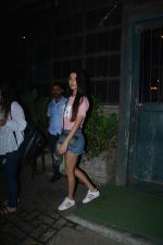 Sonal Chauhan Spotted At Palli Village Cafe Bandra  (8)_5c38311db9df4.JPG