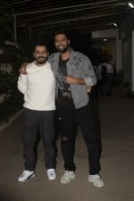 Aditya Dhar, Vicky Kaushal at the Screening of film Uri in sunny sound juhu on 12th Jan 2019 (68)_5c3ae4d5bcf0f.JPG