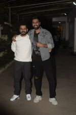 Aditya Dhar, Vicky Kaushal at the Screening of film Uri in sunny sound juhu on 12th Jan 2019 (76)_5c3ae6174ff89.JPG