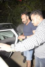 Ajay Devgan Spotted At Physioflex Gym In Versova on 11th Jan 2019 (19)_5c3abf5ea9c2a.JPG