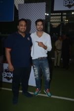 Dino Morea spotted at football ground in bandra on 12th Jan 2019 (10)_5c3acdf6f2adf.JPG