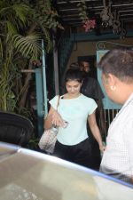 Jacqueline Fernandez Spotted At Physioflex Gym In Versova on 11th Jan 2019 (11)_5c3ac04b49c86.JPG