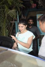 Jacqueline Fernandez Spotted At Physioflex Gym In Versova on 11th Jan 2019