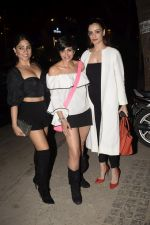 Mandira Bedi With Friends Spotted At Soho House Juhu on 11th Jan 2019 (16)_5c3ac0af59162.JPG