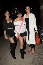 Mandira Bedi With Friends Spotted At Soho House Juhu on 11th Jan 2019 (18)_5c3ac0b22103e.JPG