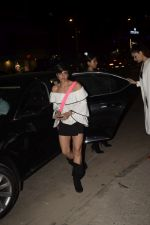 Mandira Bedi With Friends Spotted At Soho House Juhu on 11th Jan 2019 (2)_5c3ac09b15b54.JPG