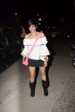 Mandira Bedi With Friends Spotted At Soho House Juhu on 11th Jan 2019 (9)_5c3ac0a4eab42.JPG