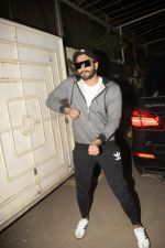 Ranveer Singh at the Screening of film Uri in sunny sound juhu on 12th Jan 2019 (371)_5c3ae76fdac20.JPG