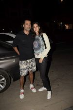 Abhishek Kapoor With Wife Pragya Spotted At Soho House Juhu on 14th Jan 2019 (6)_5c3ed28505513.JPG