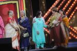 Asha Parekh, Zeenat Aman, Sara Ali Khan, Waheeda Rehman, Jaya Prada, Saroj Khan, Helen At The Red Carpet Of Marathi Tarka on 14th Jan 2019 (39)_5c3ed9e7ea4d9.JPG