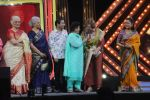 Asha Parekh, Zeenat Aman, Sara Ali Khan, Waheeda Rehman, Jaya Prada, Saroj Khan, Helen At The Red Carpet Of Marathi Tarka on 14th Jan 2019 (44)_5c3ed9ed5a73b.JPG
