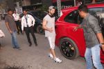 Shahid Kapoor spotted at gym in juhu on 14th Jan 2019 (18)_5c3ed8bac6059.JPG